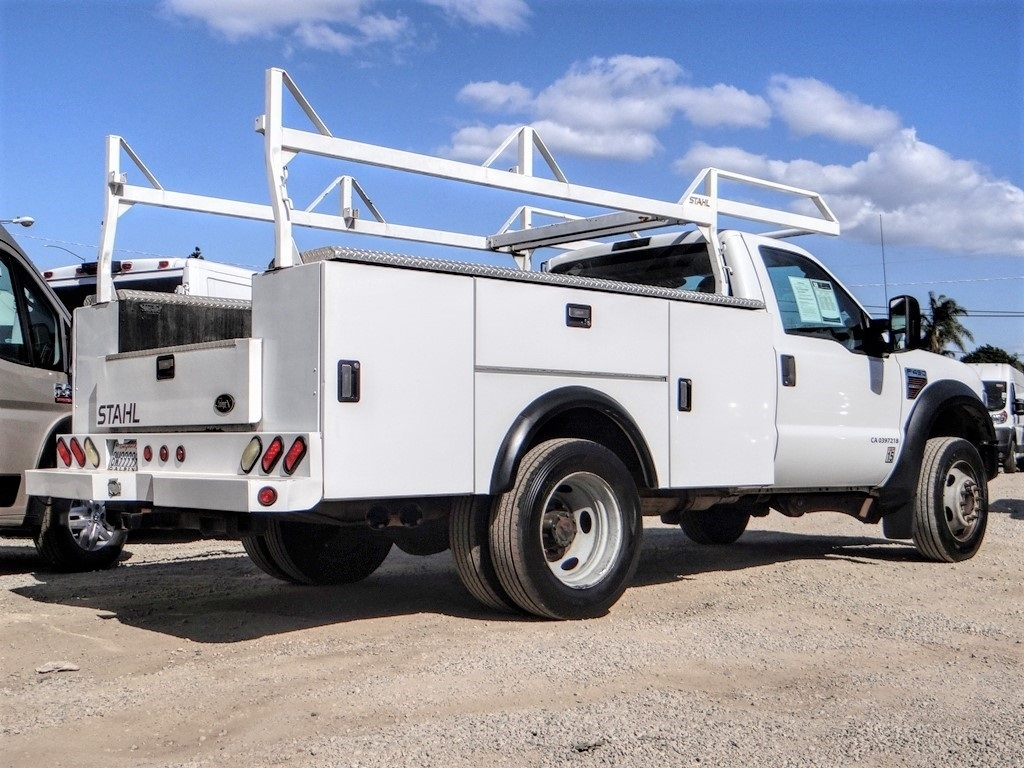 Pre-Owned 2008 Ford F-450SD XLT